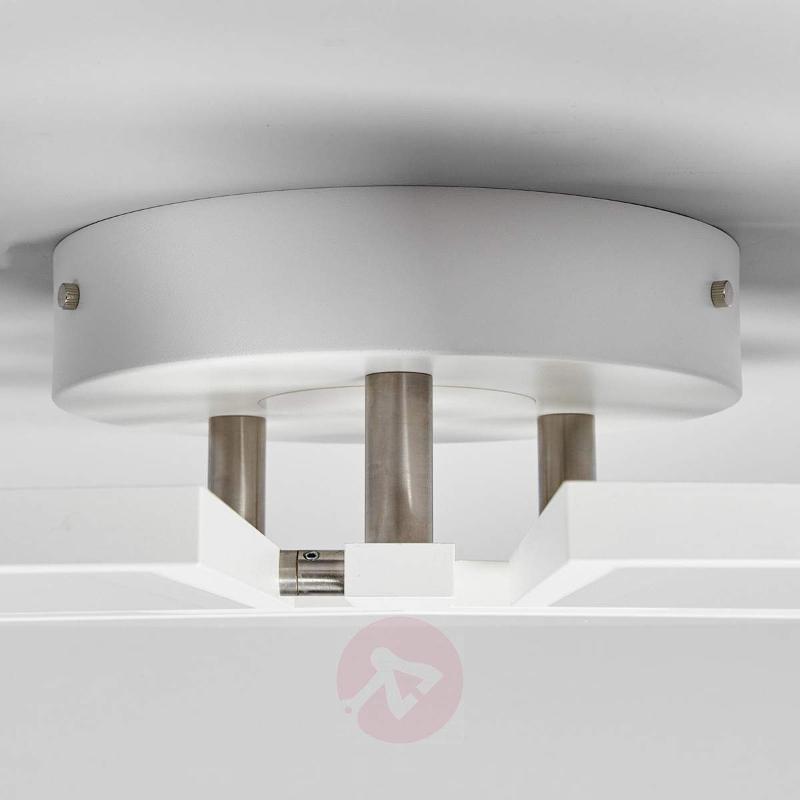 White Aurela LED ceiling lamp, adjustable - Ceiling Lights