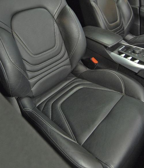 IDS MOUSSENET - Nettoie les cuirs et tapis de voiture