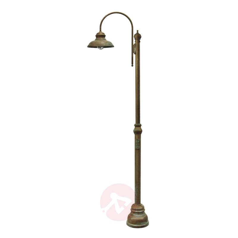Classic post light LUCA 308 cm - design-hotel-lighting
