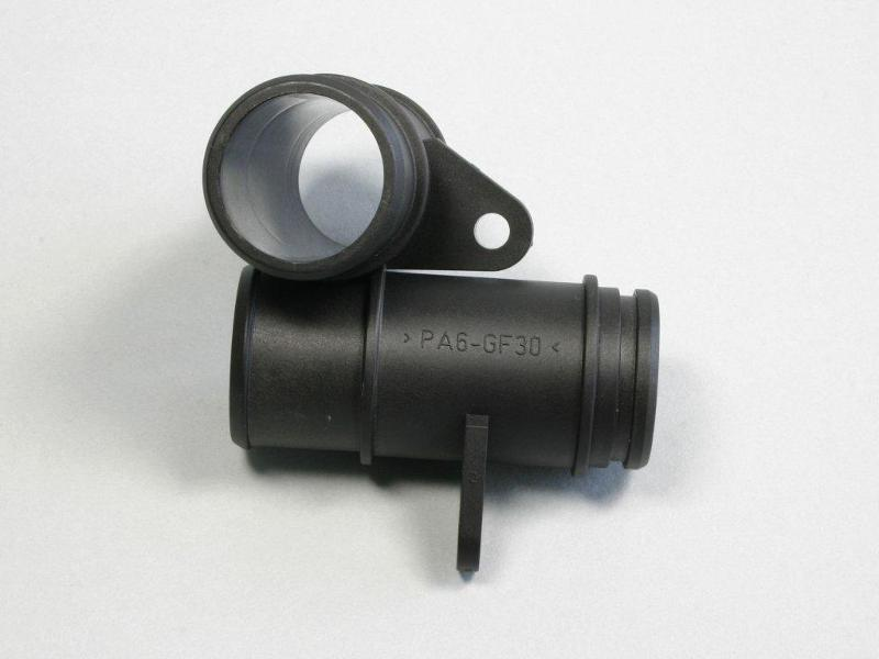Plastic parts for ventilation systems - Adapter made of PA6 GF30
