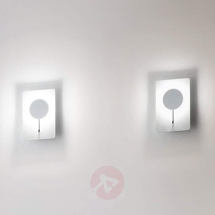Fully LED Wall Light Extravagant - Wall Lights
