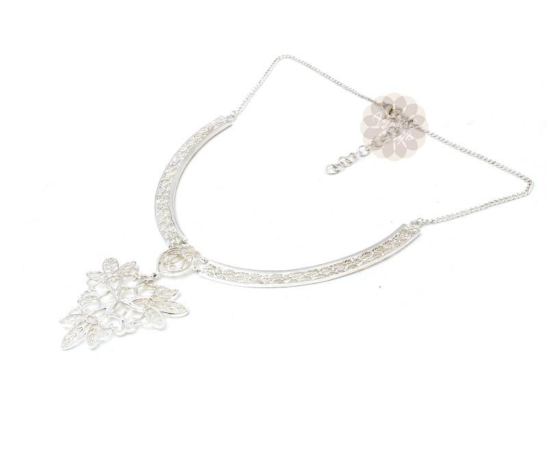 Floral Filigree Silver Necklace -