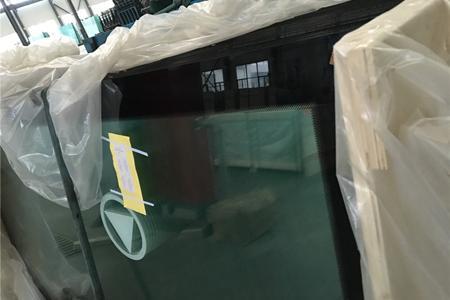 Локомотивное стекло -