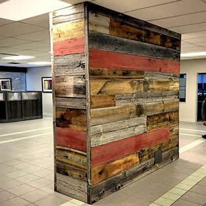 Bardage en vieux bois coloré - Bardage de couleurs, une décoration authentique et colorée