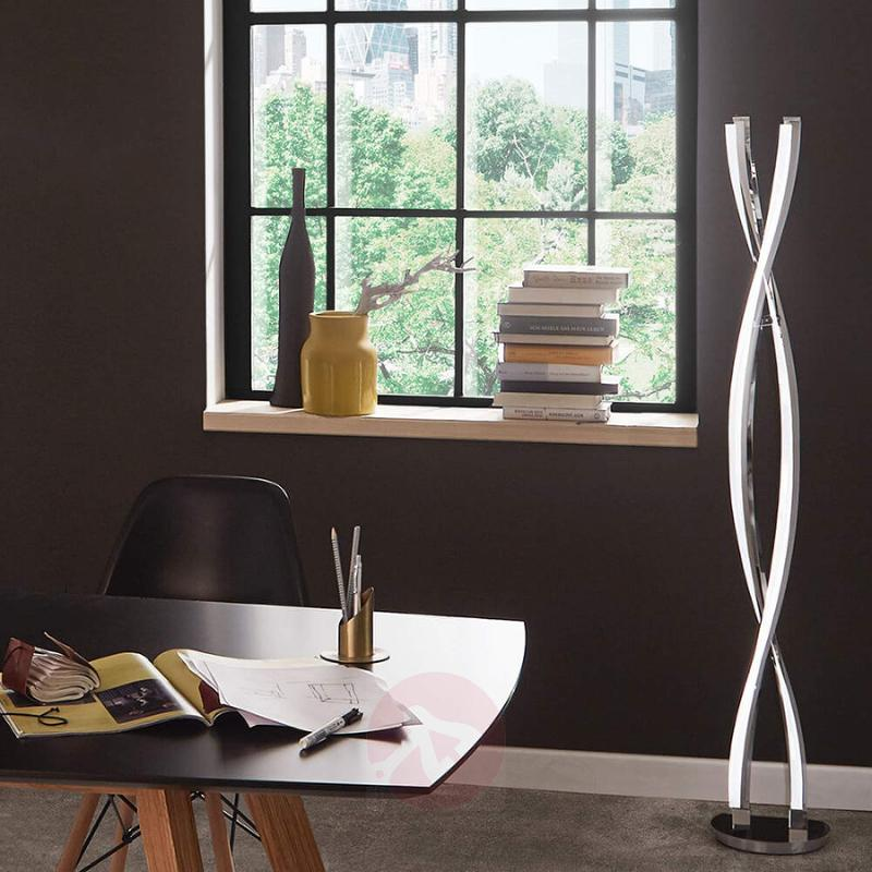 LED floor lamp that can be seamlessly dimmed - indoor-lighting