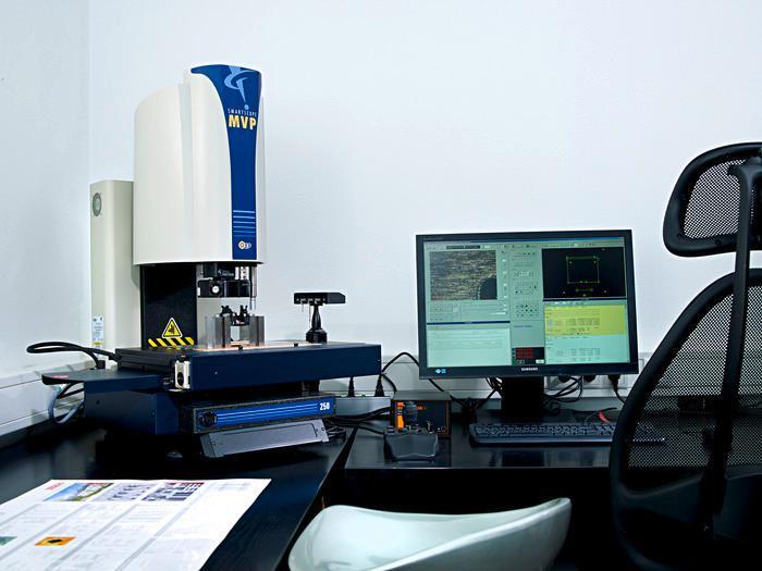 3D-Vermessung von Kleinteilen, optisch und taktil - null