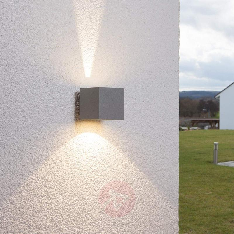 Silver LED outdoor wall light Jarno, cube form - Outdoor Wall Lights