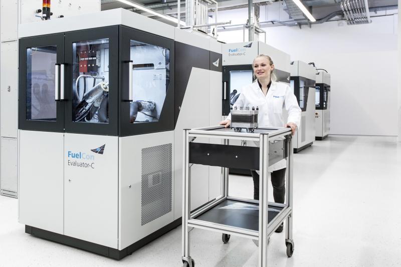Prüfstand für PEM-Einzelzellen und kleine Zellstapel - Prüfstand für das Testen von PEM-Komponenten sowie Einzelzellen bis 2 kW