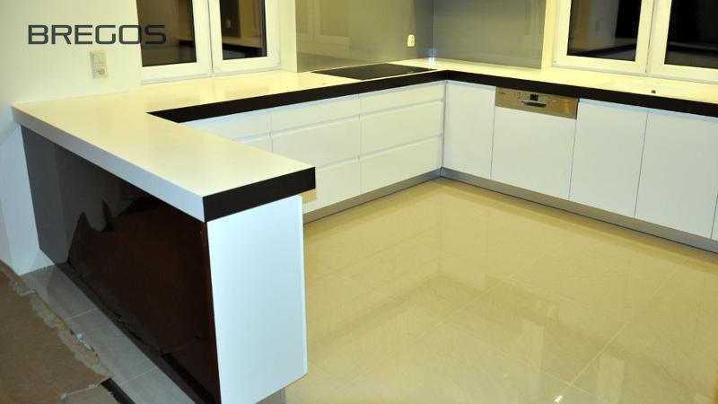 Blaty kuchenne - mineralno-akrylowe