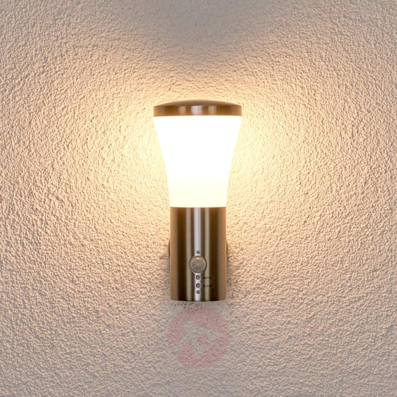 Motion detector wall lamp Sumea for outdoors, LED - outdoor-led-lights