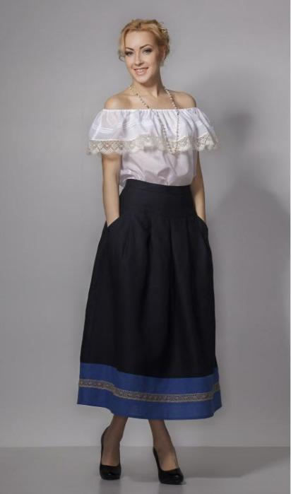 Linen skirt with lace decoration. - Unique design skirt made of 100% linen.(flax)