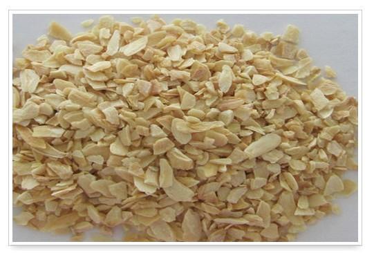 Dried Garlic Chopped 3 -5mm - Dried Garlic Chopped 3 -5mm Manufacturer Exporter Supplier