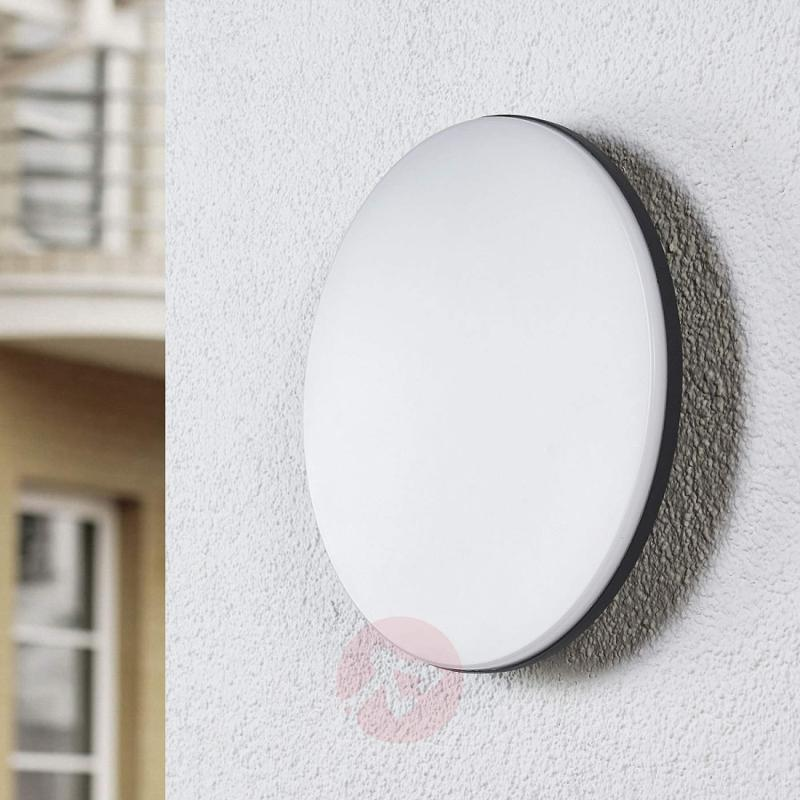 LED outdoor ceiling light Benna, motion detector - outdoor-led-lights