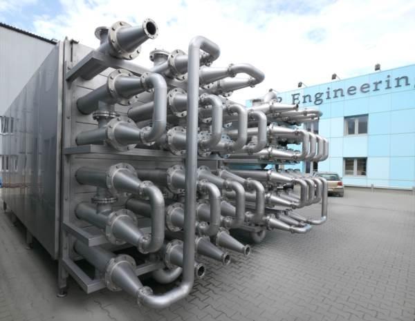 Rurowe wymienniki ciepła (podgrzewacze miazgi) - do termicznej obróbki produktów o wysokiej lepkości jak i z cząstkami stałymi