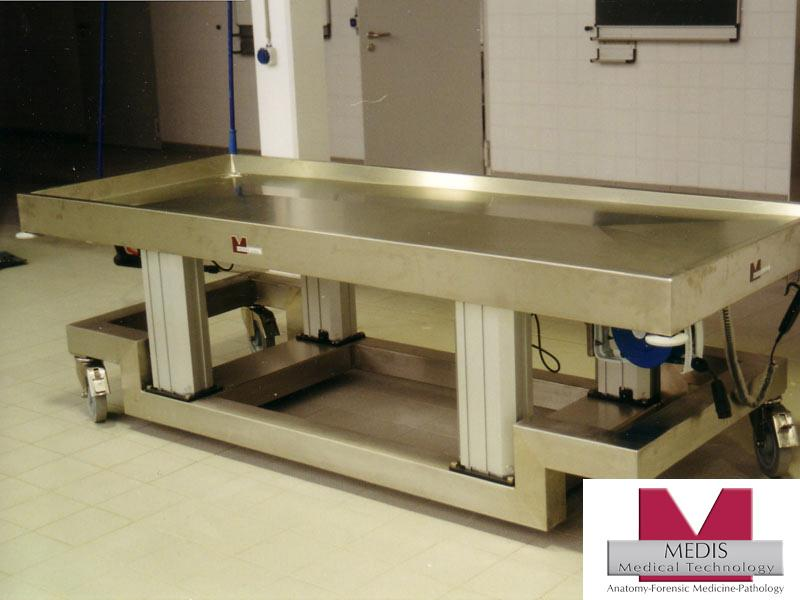 Vet. Large Animal Autopsy Table, mobile, adj. height - MA-2038