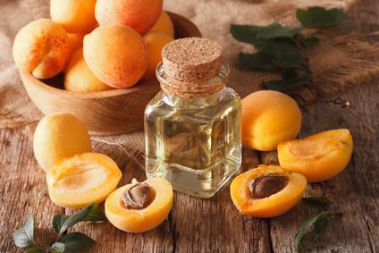 Aprikosenkernöl - null
