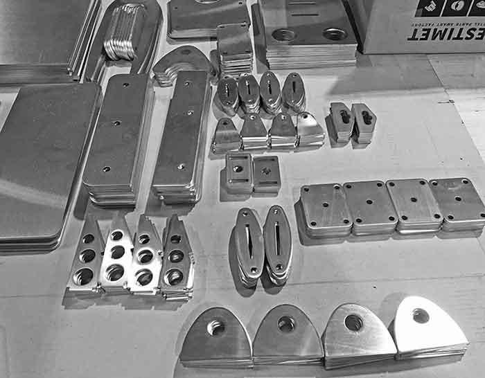 Laserskjæring - av  plater,  profiler  og  profilrør
