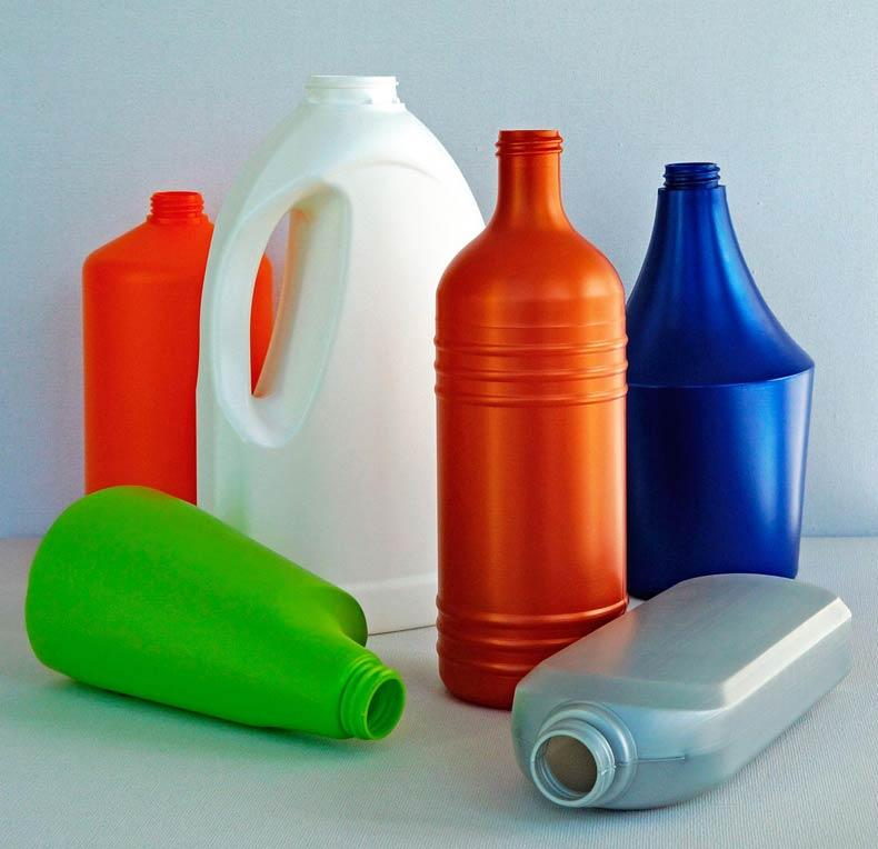 PE & PET bottles and PP & PE jars - plastic bottles / plastic packaging / plastic jars