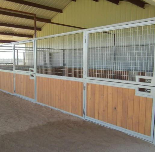 Horse Barn Stables - Horse Stall/Stable