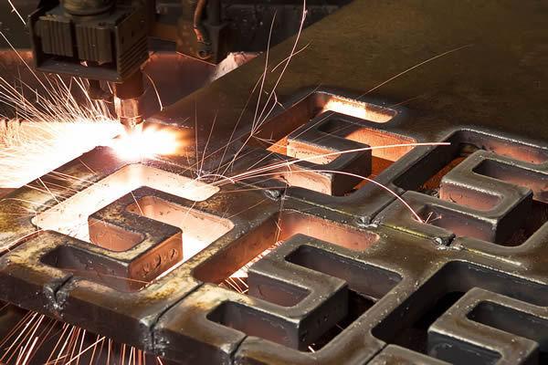 Lohnfertigung Einzel- & Serienfertigung - Blechbearbeitung - null