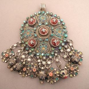 Colliers - Argent,corail, turquoises, émail, résine, Algérie