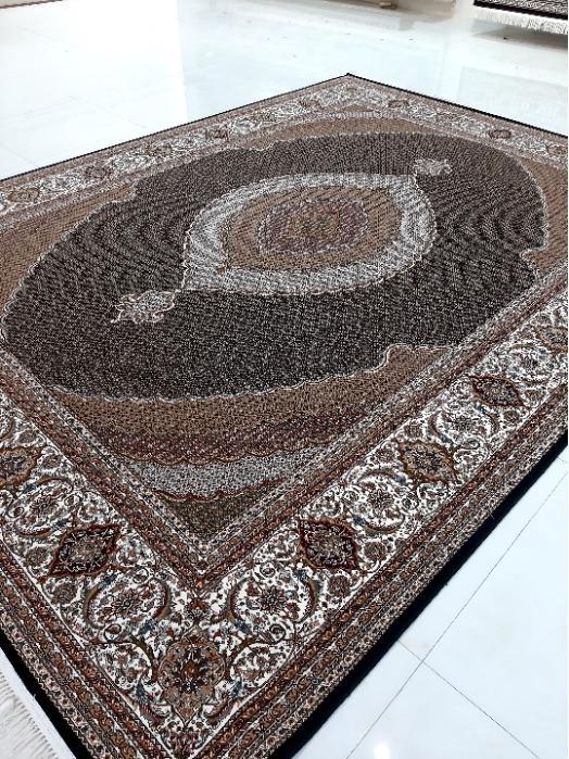 Tabriz Mahi Design  - Persian Handlook Carpet with superfine face