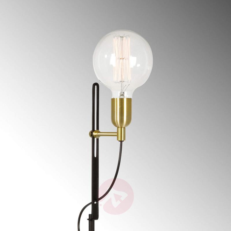 Exquisite floor lamp Regal, black, brass - indoor-lighting