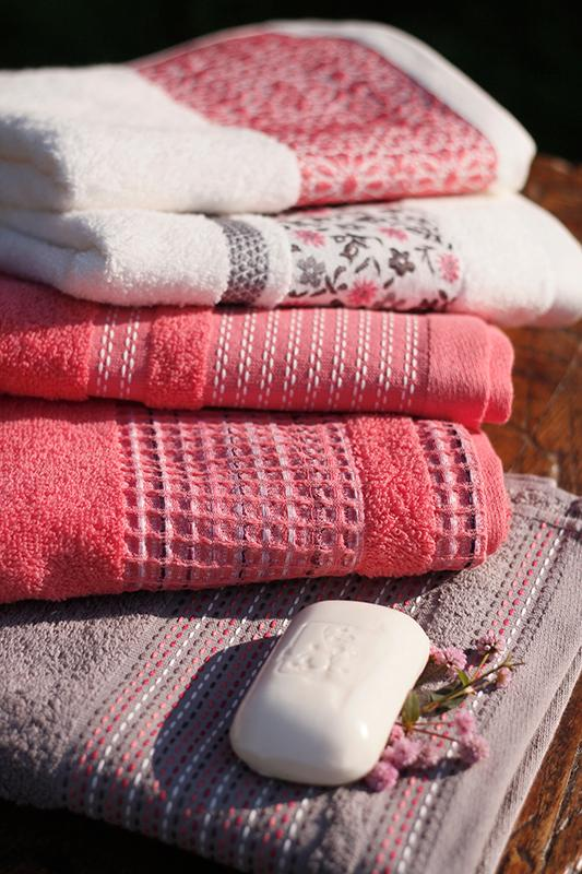 Bath towel - null