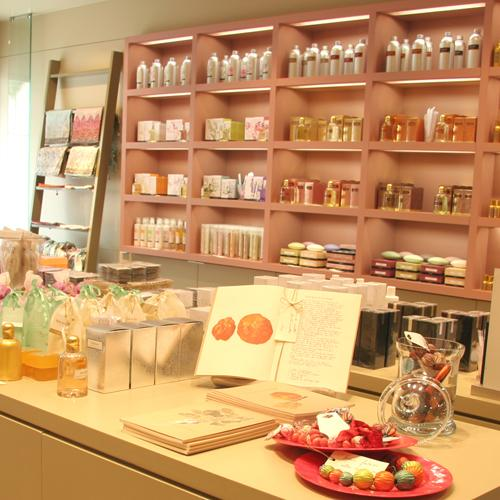 private label perfume manufacturers france