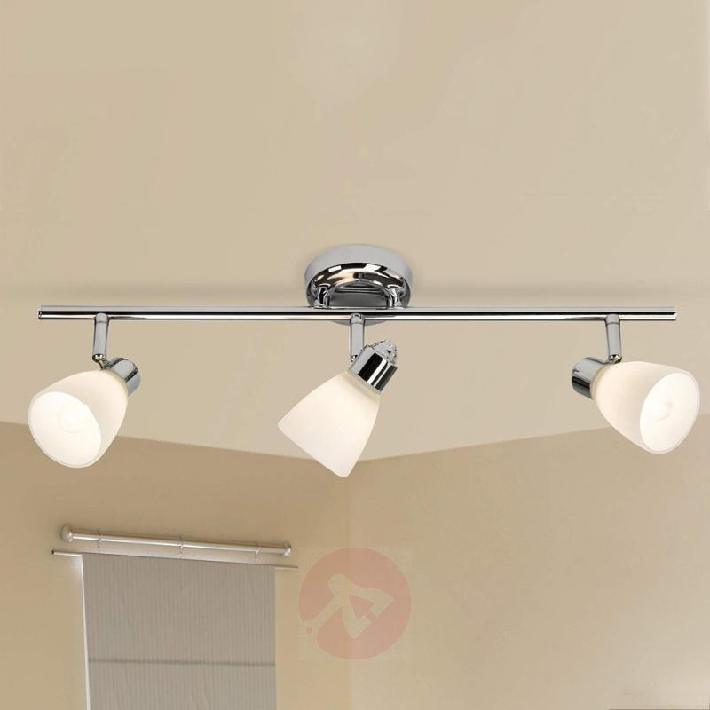Three-bulb ceiling lamp Kensington with IP44 - indoor-lighting
