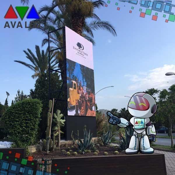 Улични реклами Led дисплей - Дисплеи с LED тотем и плакати на AVA