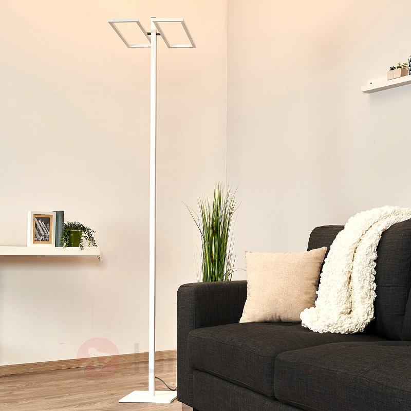 Lampadaire LED Cona avec variateur intégré - Lampadaires LED à éclairage indirect