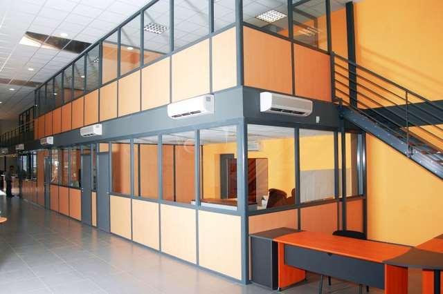 Plateforme mezzanine avec cloison - Installez une surface supplémentaire avec cloisons