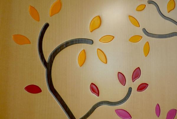 Gravure decorative sur bois - null