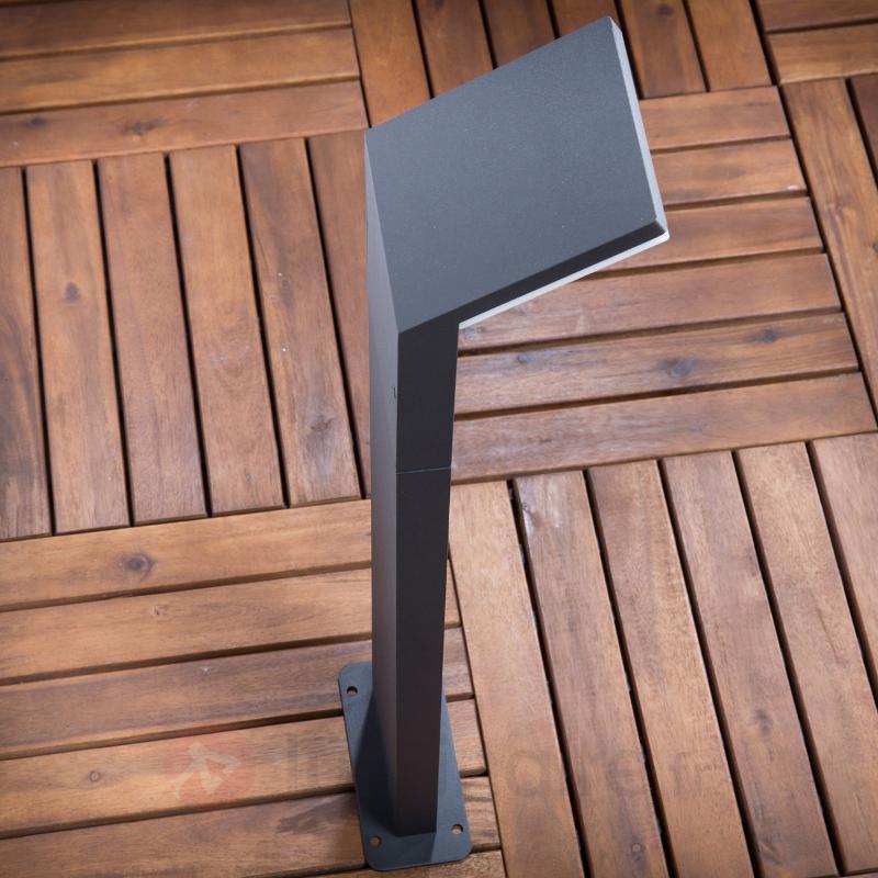 Borne lumineuse LED Nevio gris graphite - Bornes lumineuses avec détecteur