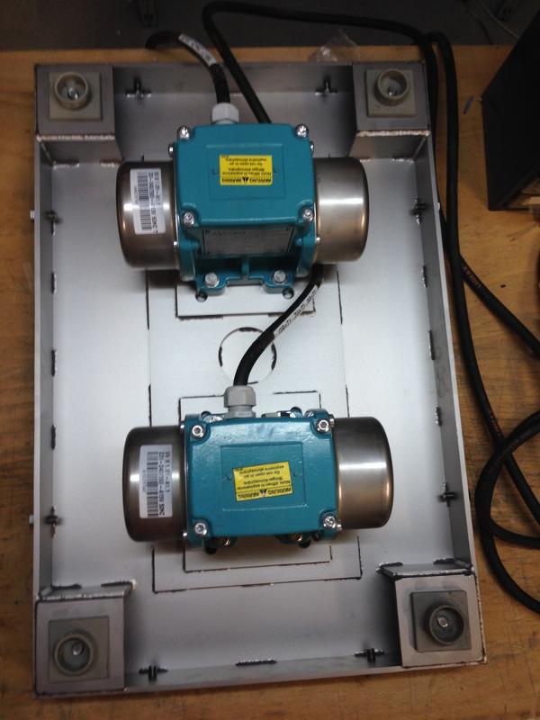 Vibrating table, hopper vibrator - Compacting, loosening - Conveying technology