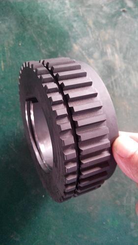 Elevator spline gears