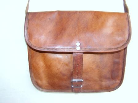 Leather Messenger Bag - Leather Messenger Bag for Womans