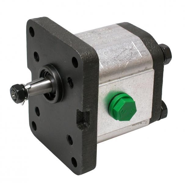 Gearpump 6,6ccm/U, CW,Shaft: 10mm-1:8, - English-italian standard Ø 23,35 mm conical shaft 1:8 with BSP-thread...