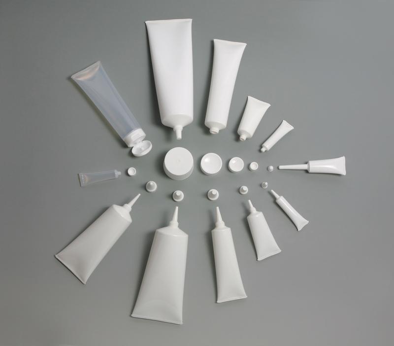 Conditionnement de tubes en aluminium, plastique ou laminé - Conditionnement de colles et autres produits chimiques