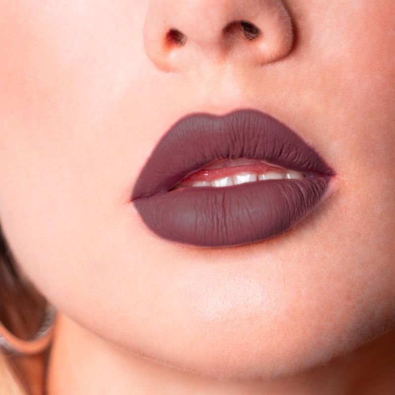 Matte Lip Tint - Colore: Aubergine