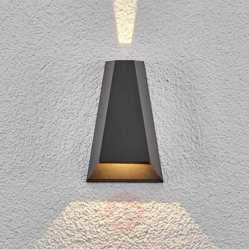 LED outdoor wall light Peeke - Outdoor Wall Lights