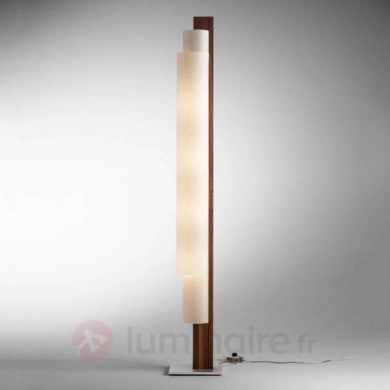 Lampadaire LED Stele en bois de noyer - Lampadaires en bois