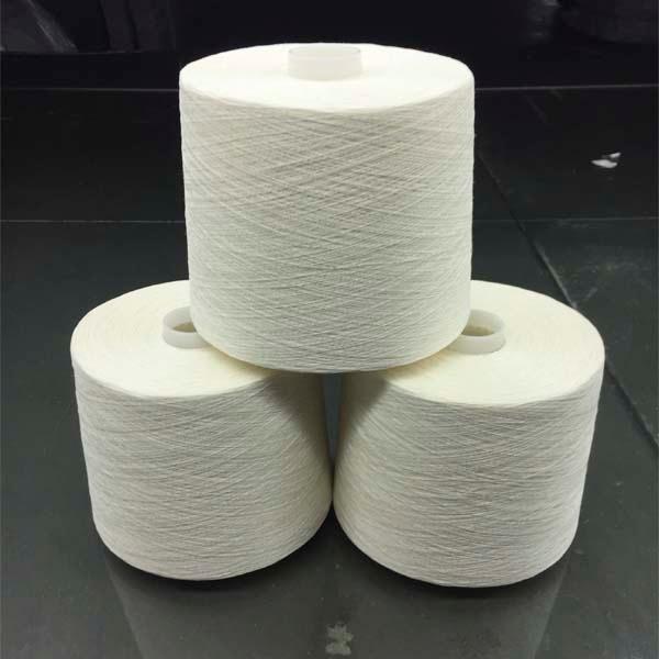 Long hemp half bleached yarn - 26Nm