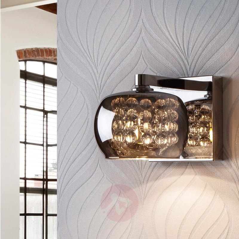 Arian - a wall light with a great effect - indoor-lighting