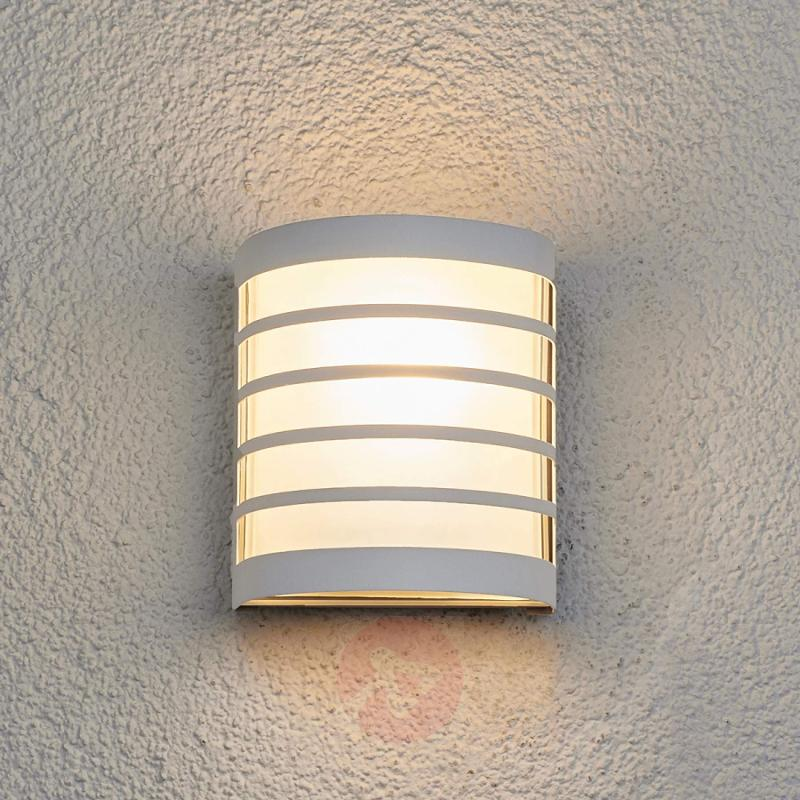 Calin white outdoor wall light with a striped look - stainless-steel-outdoor-wall-lights