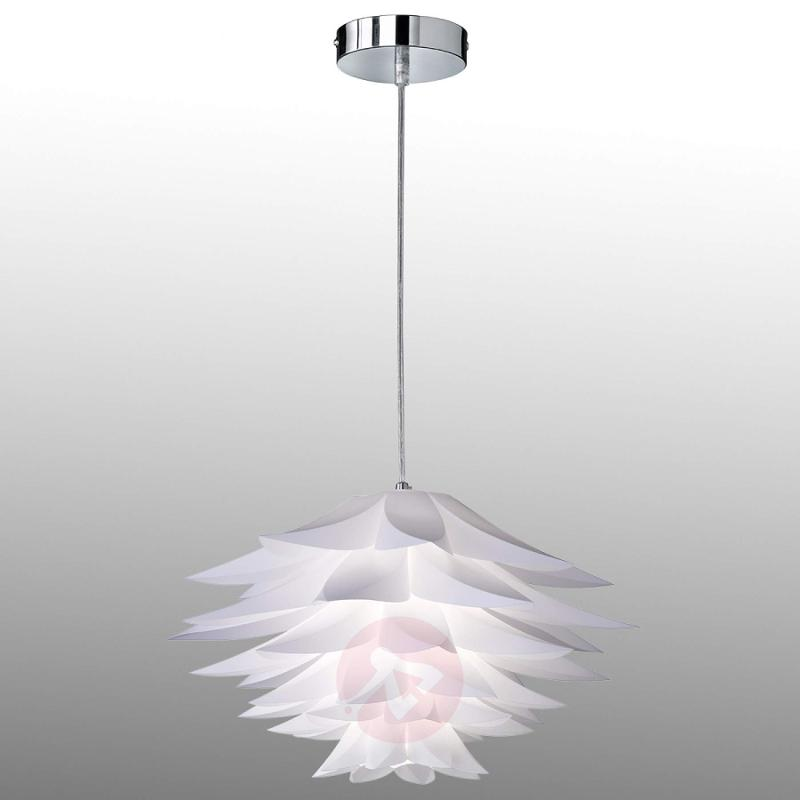 Bromelie - a flower-like hanging lamp in white - indoor-lighting