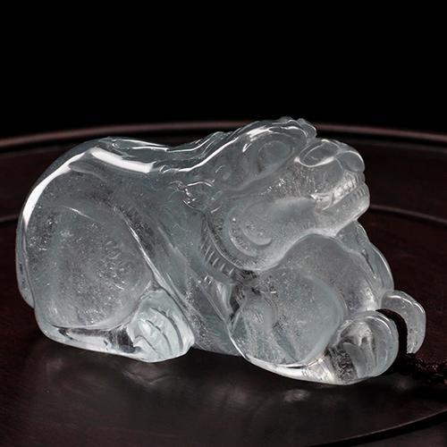 Natural aquamarine piezas talladas en forma de Pixiu  -