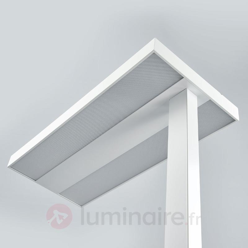 Lampadaire LED bureau Logan avec variateur, blanc - Lampadaires directs et indirects
