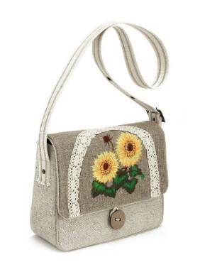 Molded bag decorated  with   laces -